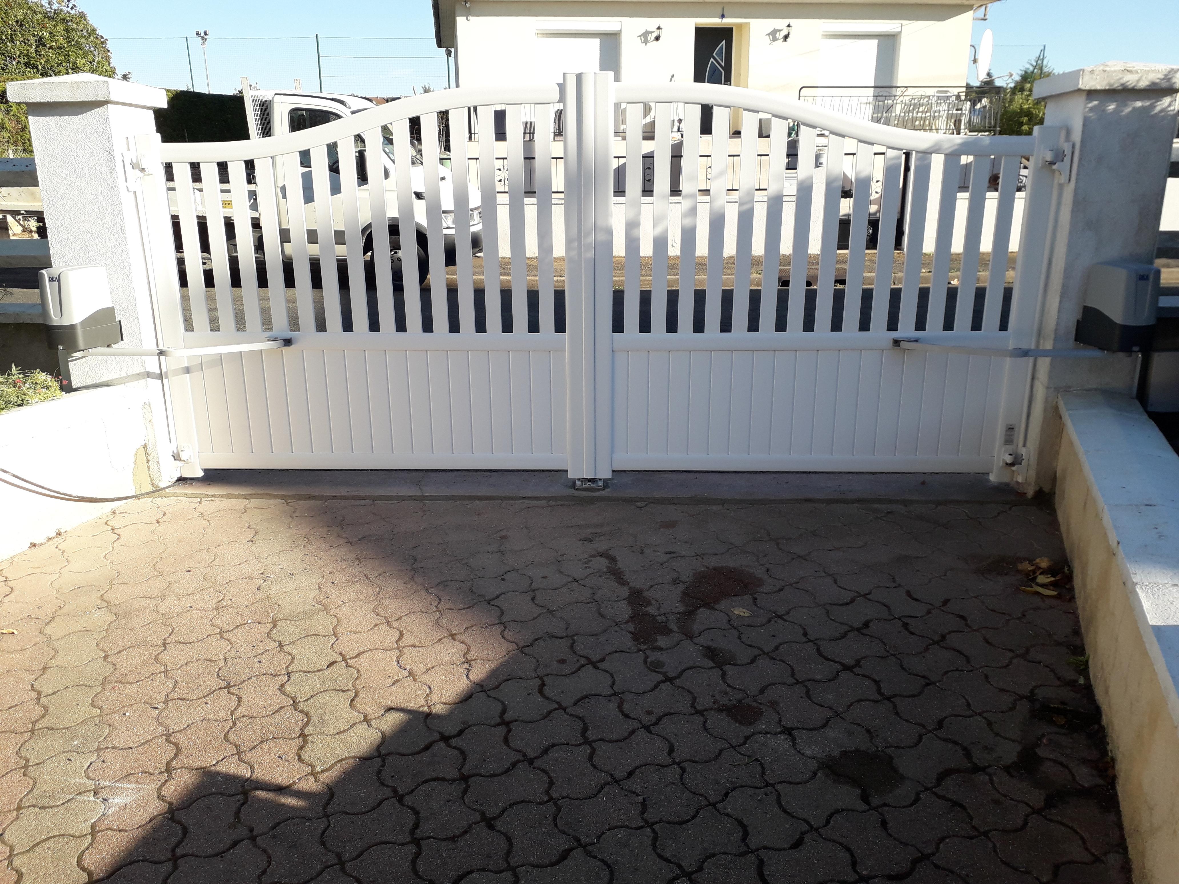 Pose d'un portail modèle Venise