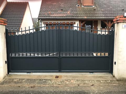 Pose d'un portail coulissant modèle Aubervilliers